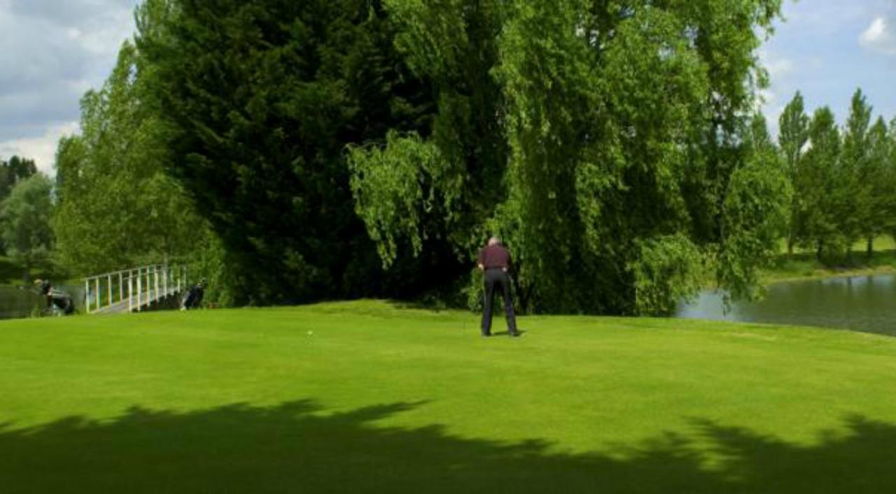 golf des Aiguillons